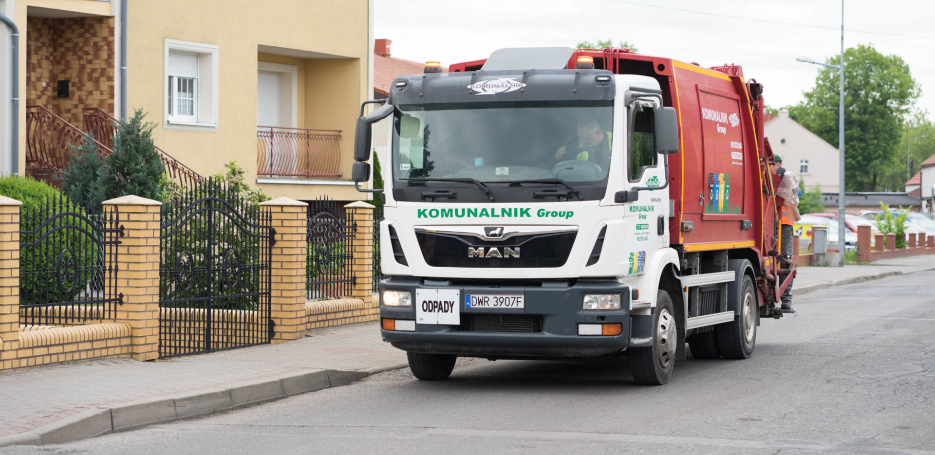 Pojazd firmy Komunalnik
